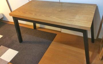 イエローパインの無垢材テーブル天板