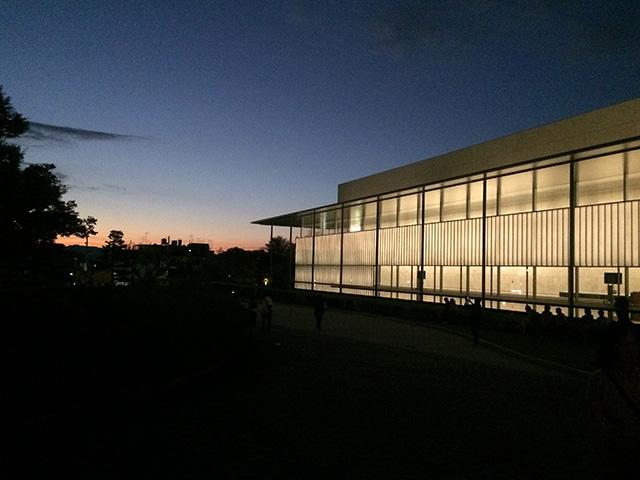 京都国立博物館の夕日
