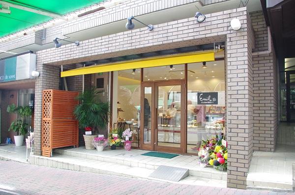 洋菓子店ショップ外観