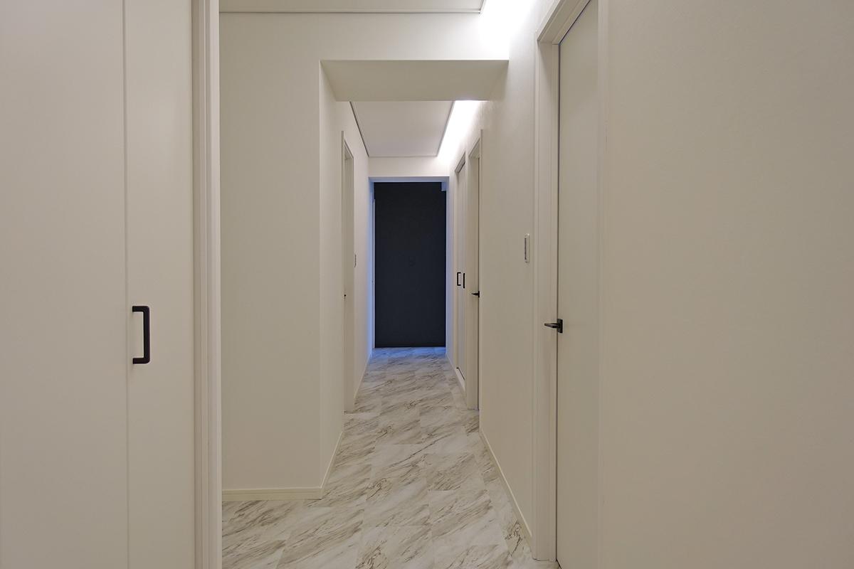 廊下 照明 関節