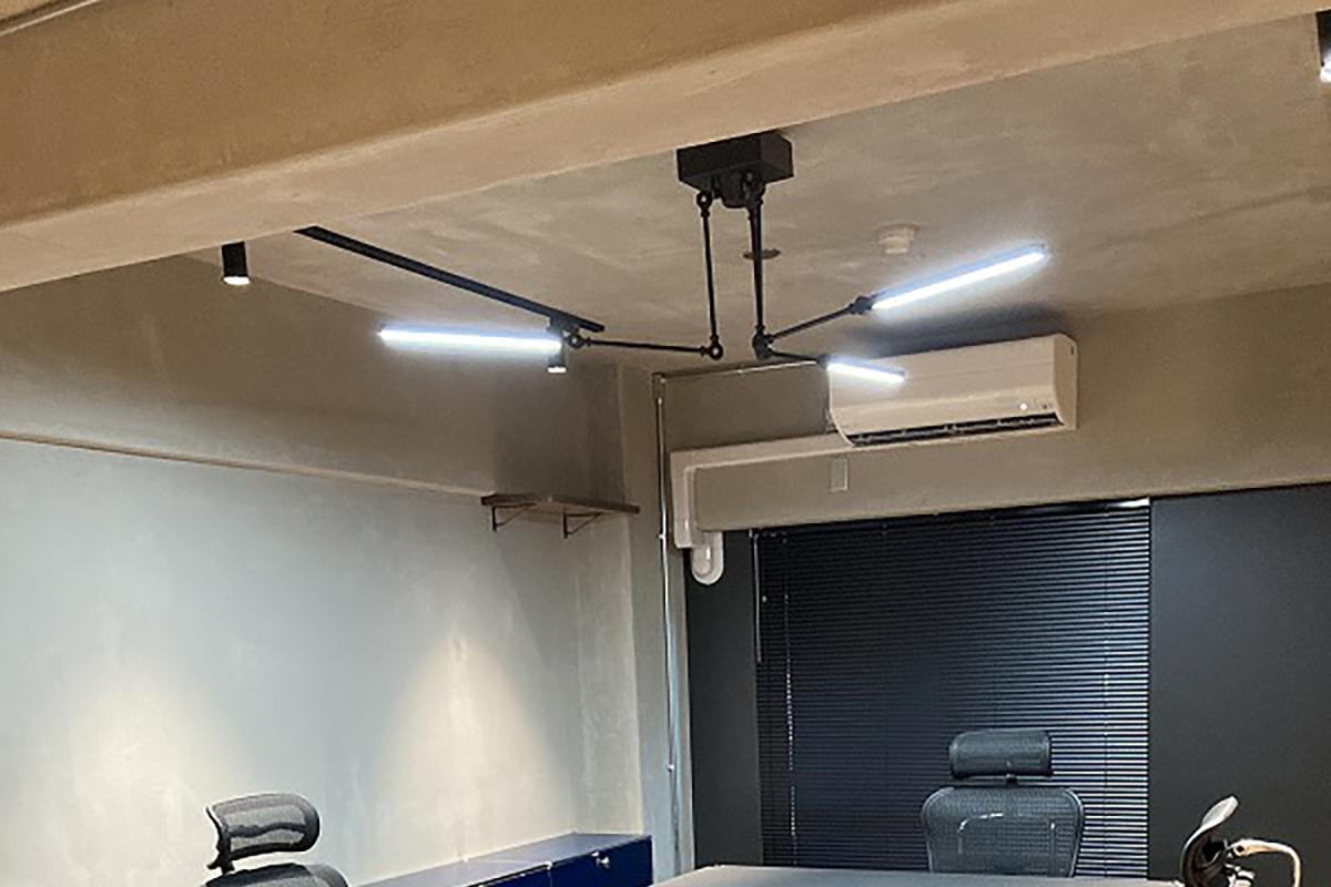 LEDのアームライト